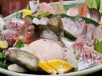 【夕食一例】2009年3月のお魚。ほうぼう、かわはぎ、アジなど(2名様分)