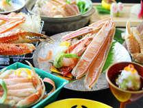 実際に蟹セリ会場に出向いて仕入れる良質な蟹と目利きにリピーターも多いです