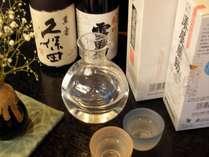 新潟県内の各種地酒を取り揃えております。