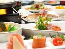 【お日にち限定】空いていればラッキー価格で!十和田湖や奥入瀬渓流の紅葉を満喫!和洋折衷料理の夕食も◎