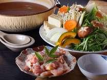 地鶏と自家製樽出し味噌のお鍋は食材にもこだわり、安心してお召し上がり頂けます。