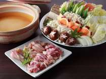 京赤地鶏の味噌鍋。お味噌はもちろん、自慢の自家製樽出し味噌。