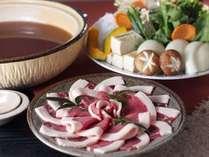 狩猟解禁!。コラーゲン豊富で女性にも人気のぼたん鍋。まさに秋冬一押しのお鍋ですね。
