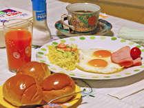 【ご朝食例】洋朝食を広間にご用意いたします