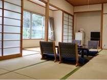 寛ぎの空間を演出する和室
