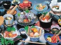 カニだって味わえちゃう!板場おまかせ料理プラン◆越前の海の幸・山の幸をふんだんに盛り込みました♪