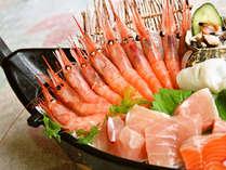 日本海の味覚 とれとれ★ピチピチの旬魚をドーンと舟盛で 海近くのお宿だから魚がウマイ♪