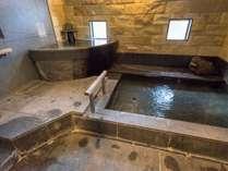 【貸切風呂 ゆめまくら】広々とした貸切風呂は家族でもゆったりご入浴をお楽しみいただけます