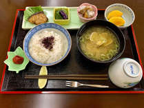 ・朝軽食 季節によってメニューが変わります