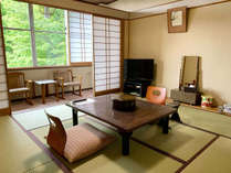 ・和室8畳 各部屋テレビ完備しております