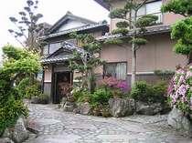 神戸や淡路島を一望できる絶景のロケーション