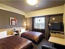 【スタンダードツインルーム】ベッド幅⇒110cm Wi-Fiスポット設置、WOWOW視聴可能