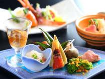 【夕食一例】彩り豊かな旬の食材をふんだんに使った、板長が真心を込めて作る会席料理