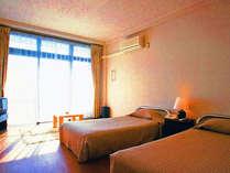 ■ツインルーム一例■お部屋はオーシャンビュー。無線LANやセパレートタイプのバス・トイレ付き♪