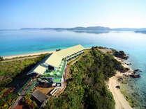 ■外観・全景■270°海に囲まれた最高のロケーションで、施設のどこからでも海をご覧いただけます。