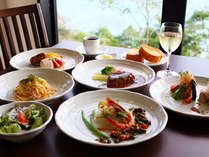■グレードUPディナーコース一例■通常のコースより食材や品数も豪華に♪島の美味を堪能して下さい!!