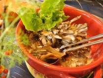 人気No1メニュー!~牛ヒレ肉と舞茸のクリーム煮~熱々をお召し上がりください