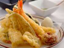 ■夕食:夕食は天ぷら食べ放題のバイキングです♪