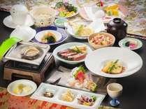 【二人旅応援】お部屋おまかせで1080円OFF!食べ放題&会席料理を楽しむ<春のちょっと贅沢ダイニング>
