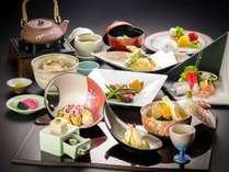☆【個室でお食事】富山湾を見渡す絶景の露天風呂&ゆったり楽しむ会席料理!春のちょっと贅沢プラン