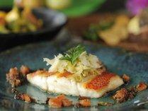 【龍潭】鉄板焼きならではの魚介料理をご堪能ください。