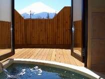 スタンダードルーム(4)富士山側露天風呂付客室 ユニバーサルデザイン(4名様定員)