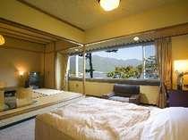 西館和洋室(2) 河口湖眺望和洋室 (6名様定員)畳8畳+ヘ゛ット゛2台