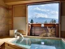富士山展望貸切風呂【檜】 ※当日予約制 1回50分間 3780円