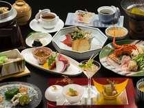ご夕食は和洋懐石 旬の食材を存分にお楽しみくださいませ 料理一例