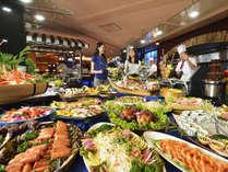 ★一番人気!和洋中食べ放題のディナーバイキング♪はフリードリンク付!!