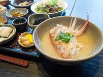 【朝食付き】1日の始まりは健康的な和朝食から☆13品の小鉢に豪快お味噌汁が美味い!