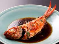 【伊豆のグルメ堪能!】丸ごと1~2匹!よ~く味が染みこんだ「金目鯛姿煮」付♪じゃらん限定!1ドリンク付