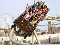ラグナシアでは子供から大人まで楽しめる乗り物があります。