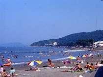 二見浦海水浴場は徒歩10秒!水着のままビーチへ