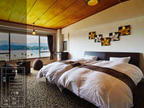海音ベッドルーム お部屋からは熊野の海と山々がご覧いただけます