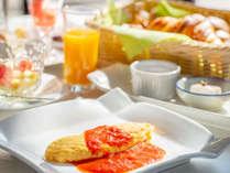 朝食オムレツ イメージ