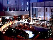 「ホテルモリノ新百合丘」は、開放感あふれる【くつろぎの中庭 】が中心のホテルです。