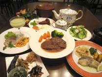 *ボリュームたっぷりのご夕食をご用意いたします!(一例)