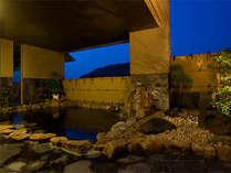 三翠園の露天風呂もある本格的温泉施設「湯殿 水哉閣」