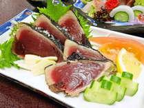 <お食事>夕食/土佐名物!鰹のタタキをご賞味ください!