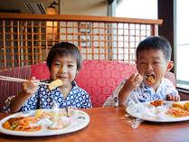 お腹いっぱい食べよう!桜の抄のバイキング(一例)