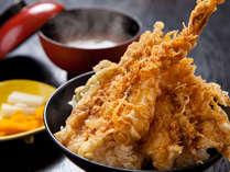 【お食事処とよ常】特上天丼750円