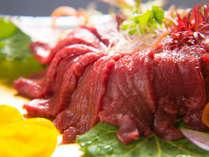 【馬頭名物】とろけるお肉が堪らない!那珂川町名物「馬刺し」堪能プラン