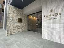 ランドーレジデンシャルホテル福岡アネックス 入口