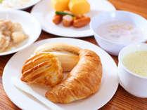 【カード決済限定】☆LOHAS☆急なご宿泊はスーパーホテル♪焼き立てパン&有機JAS野菜サラダで健康朝食♪