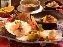 ご夕飯は旬の食材を美味しく調理したコース料理です。