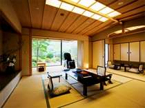 特別室は全部で3部屋、どこをとっても贅沢かつゆとりあるつくりとなってます。【飛天館】露天風呂付客室