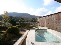 専用露天風呂からみるこんぴらさんは最高の眺望【飛天館】 露天風呂付客室(一例)