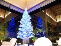 4Mの ロビークリスマスツリー