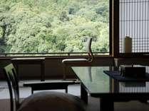 【飛天館】和室 イメージ(すべてのお部屋からこんぴらの山が望めます)